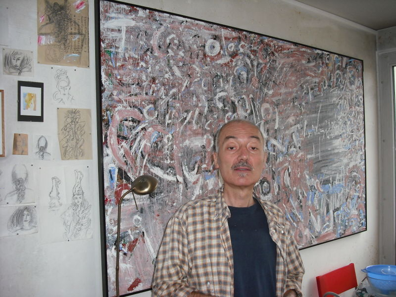 Fidone in atelier painting 1980s & café sketches on walls2
