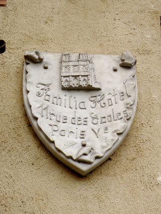 Rue-des-Ecoles-2