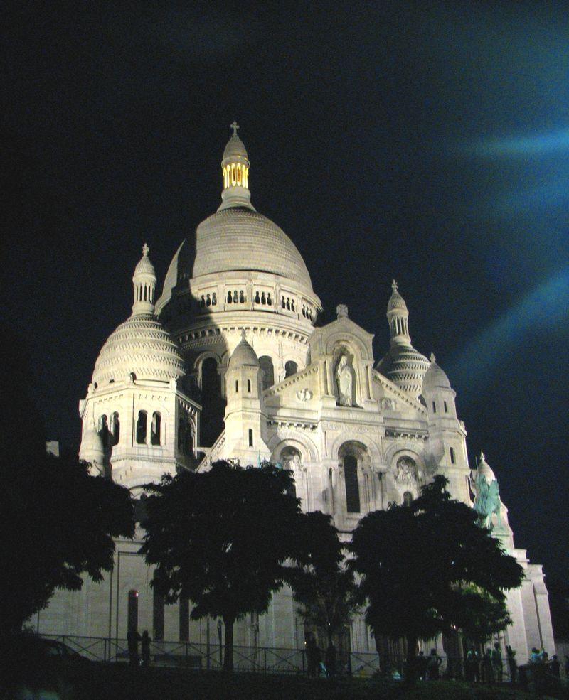 Sacré Coeur at night