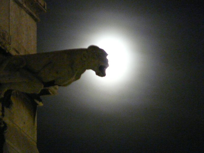 Monmarte Louvre Notre Dame 9 09 463