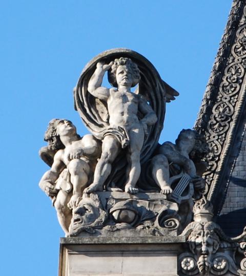 Louvre angel, left side