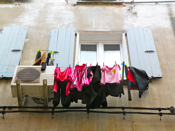 LAUNDRY COLL.-12