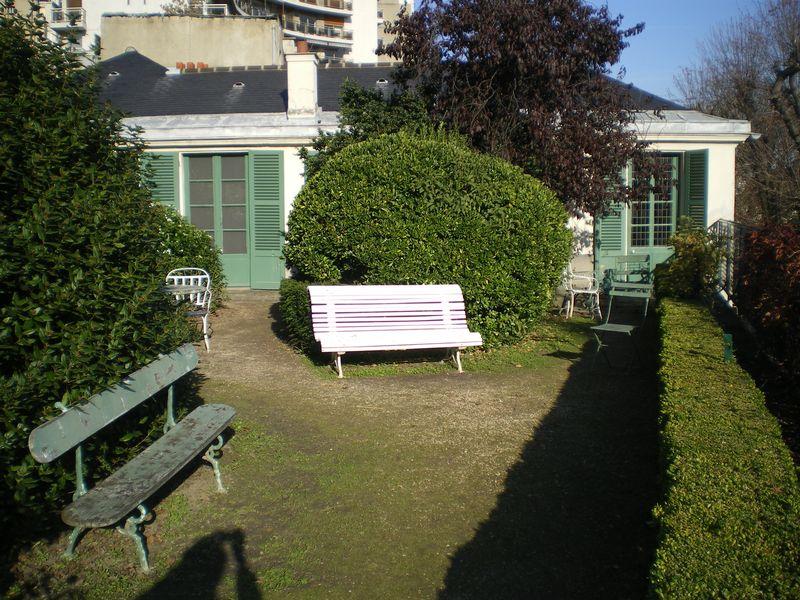 4. Balzac's garden