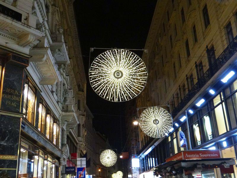 VIENNA XMAS LIGHTS-11