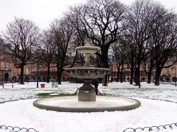 MARAIS SNOW-1