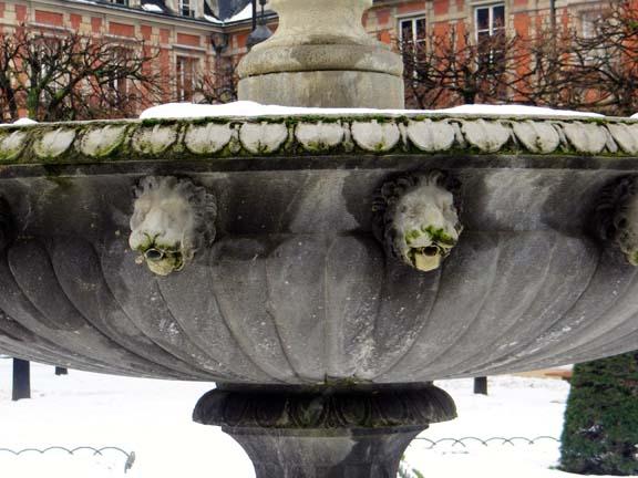 MARAIS SNOW-3