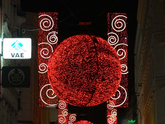 VIENNA XMAS LIGHTS-3