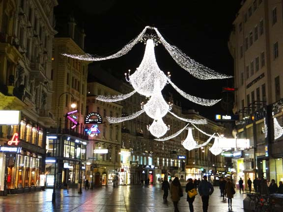 VIENNA XMAS LIGHTS-5