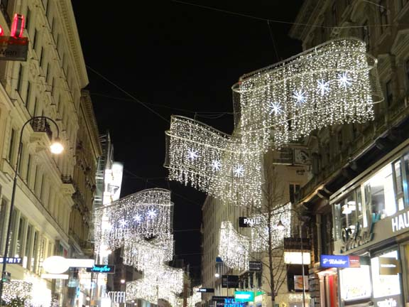 VIENNA XMAS LIGHTS-22