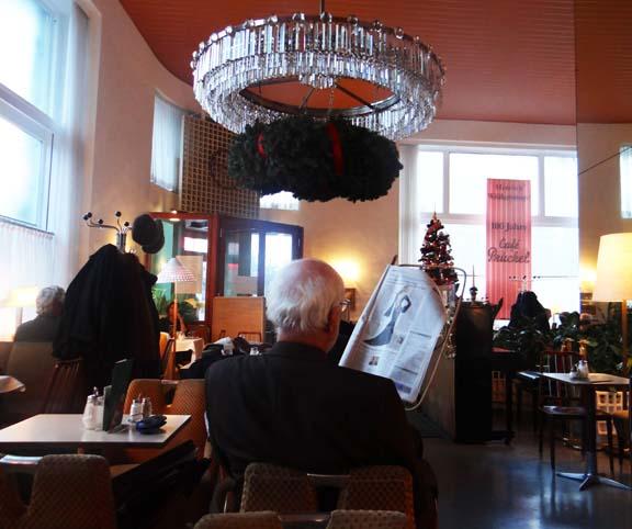 VIENNA CAFE-4