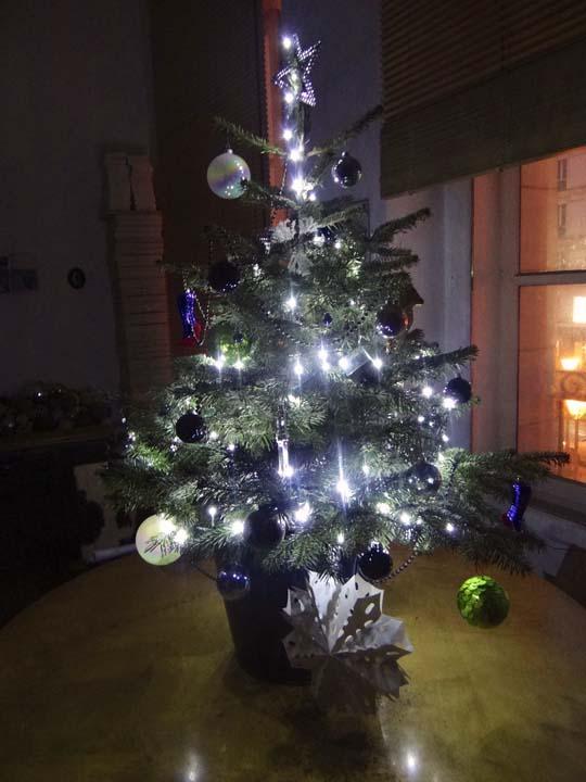 XMAS TREEE-2