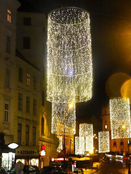 VIENNA XMAS LIGHTS-10