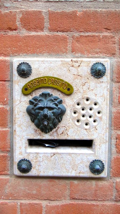 VENICE DOORBELL-1