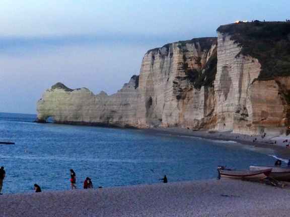 ETRETAT NIGHT-19