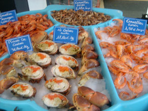 Fishstand1