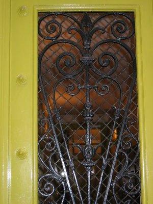 Green_door_002